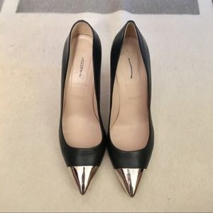 RARE JCrew Silver Metal Cap Toe Pointed Pumps 7